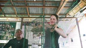 Learning to make a traditional fish trap (Dudin on left and Sara on right), photo by Julie Lasne.